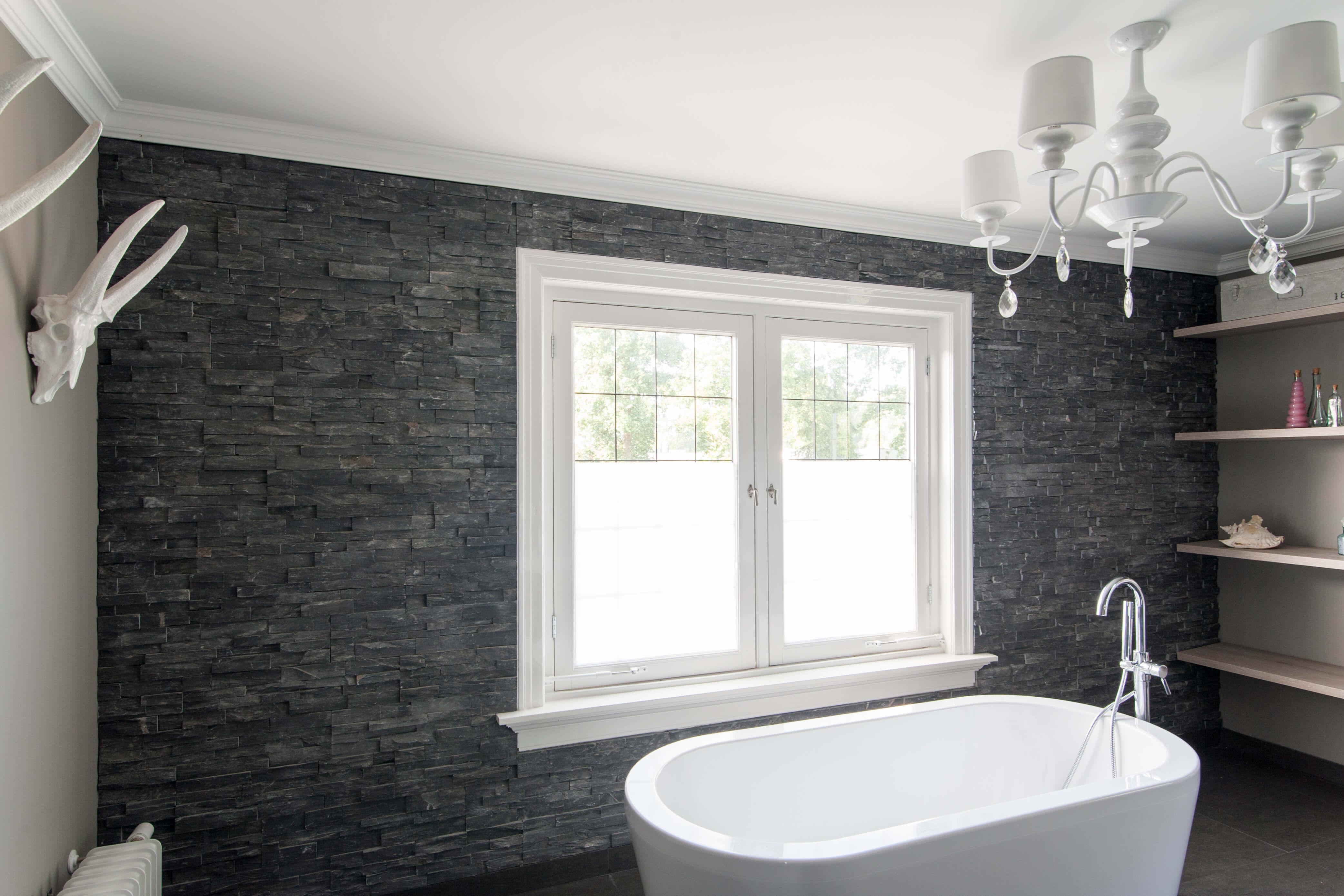 Badkamer Laten Plaatsen : Wat kost een bad laten plaatsen